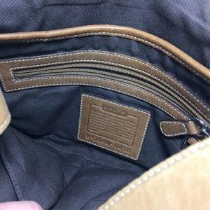 Coach Bags - Coach Handbag Purse Leather Strap Carry D04M-6818